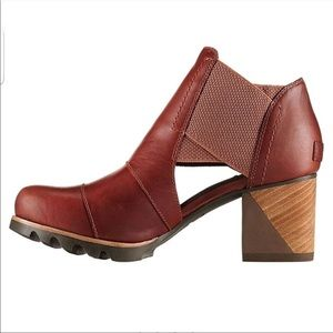 New Sorel Addington Cutout Heeled Ankle Boots